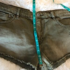 Free People Shorts - Free People Irreplaceable Army Green Shorts Sz 30